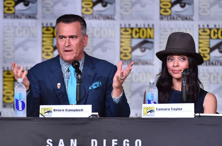 SAN DIEGO, CA - JULY 22: Actors Bruce Campbell (L) and Tamara Taylor attend TV Guide Magazine's Fan Favorites during Comic Con 2016 at San Diego Convention Center on July 22, 2016 in San Diego, California. (Photo by Alberto E. Rodriguez/Getty Images for TV Guide Magazine)