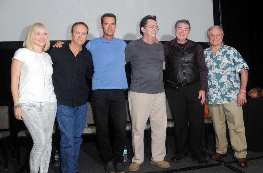 BURBANK, CA - SEPTEMBER 18: Cast & crew