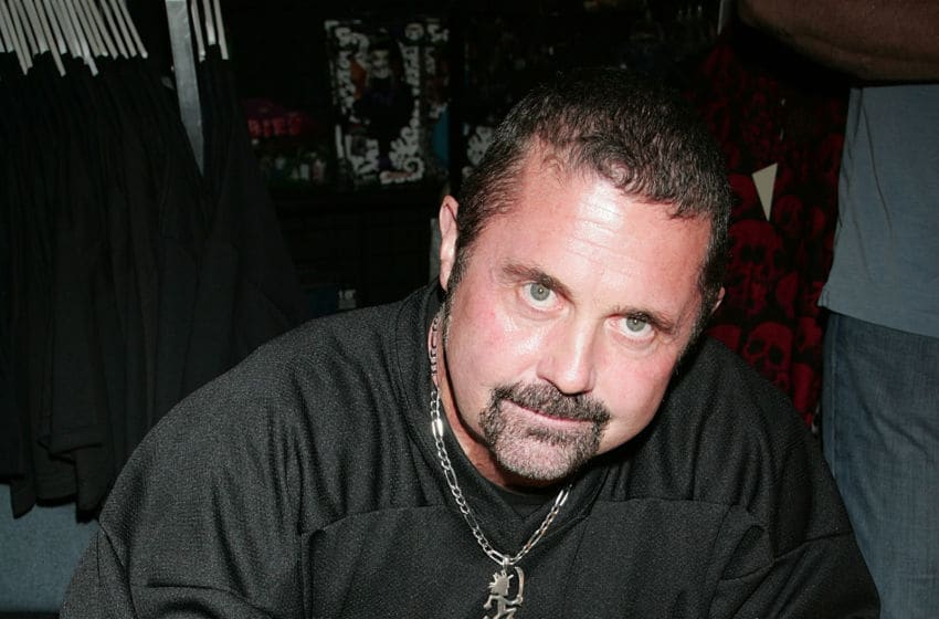 BURBANK, CA - FEBRUARY 03: Actor Kane Hodder attends Anchor Bay Entertainment's Jason Voorhees reunion at Dark Delicacies Bookstore on February 3, 2009 in Burbank, California. (Photo by David Livingston/Getty Images)