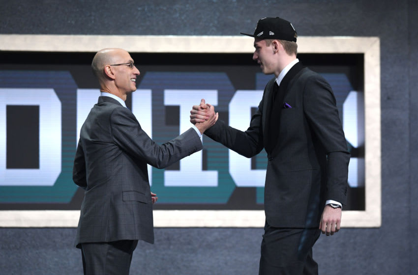 After being selected No. 1 overall to the San Antonio Spurs, Luka Samanic shakes hands with NBA Commissioner Adam Silver at the Barclays Center in Brooklyn, NY. (Photo by Sarah Stier/Getty Images)