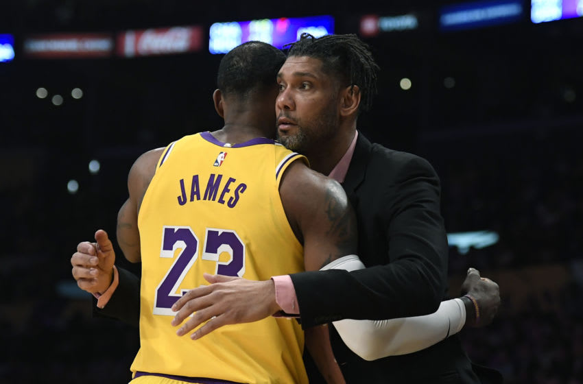 Tim Duncan LeBron James (Photo by Kevork Djansezian/Getty Images)