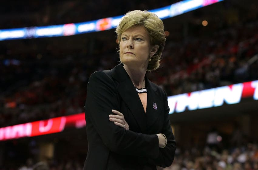 CLEVELAND - APRIL 03: Head coach Pat Summitt of the Tennessee Lady Volunteers looks on as she coaches against the Rutgers Scarlet Knights during the 2007 NCAA Women's Basketball Championship Game at Quicken Loans Arena on April 3, 2007 in Cleveland, Ohio. (Photo by Jim McIsaac/Getty Images)