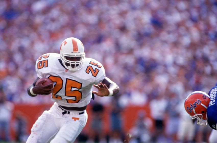 16 SEP 1995: TENNESSEE RUNNING BACK JAY GRAHAM CARRIES THE BALL DURING THE VOLUNTEERS 62-37 LOSS TO THE FLORIDA GATORS AT FLORIDA FIELD IN GAINESVILLE, FLORIDA. Mandatory Credit: Scott Halleran/ALLSPORT