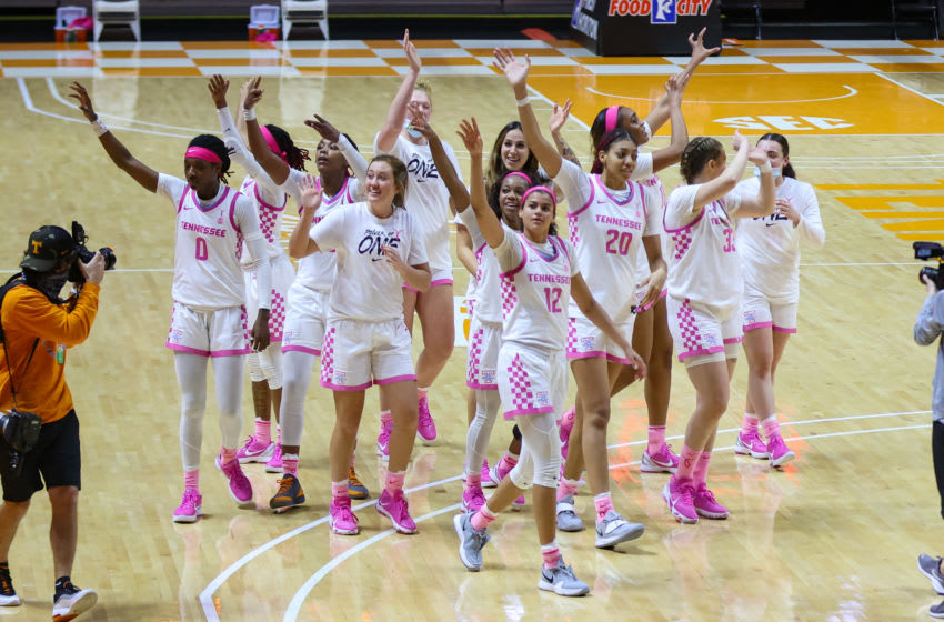 Feb 18, 2021; Knoxville, Tennessee, USA; The Tennessee Lady Vols wave to fans after the game against the South Carolina Gamecocks at Thompson-Boling Arena. Mandatory Credit: Randy Sartin-USA TODAY Sports
