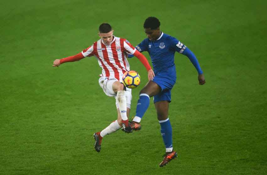 STOKE ON TRENT, ENGLAND - JANUARY 10: Korede Aderson of Everton and William Forrester of Stoke in action during the FA Youth Cup Fourth Round match between Stoke City and Everton at Britannia Stadium on January 10, 2019 in Stoke on Trent, England. (Photo by Nathan Stirk/Getty Images)