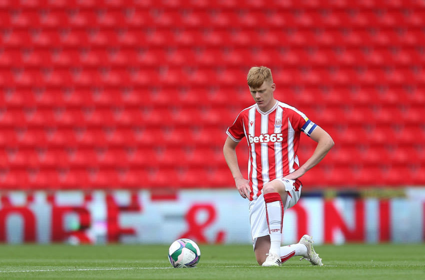STOKE ON TRENT, ENGLAND - AUGUST 29: Sam Clucas of Stoke City shows his support for Black Lives Matter ahead of the Carabao Cup First Round match between Stoke City and Blackpool at Bet365 Stadium on August 29, 2020 in Stoke on Trent, England. (Photo by Lewis Storey/Getty Images)