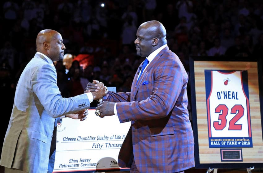 Former teammate Alonzo Mourning speaks during a ceremony to honor Shaquille O'Neal as he has his number retired during a game between the Miami Heat and the Los Angeles Lakers at American Airlines Arena (Photo by Mike Ehrmann/Getty Images)