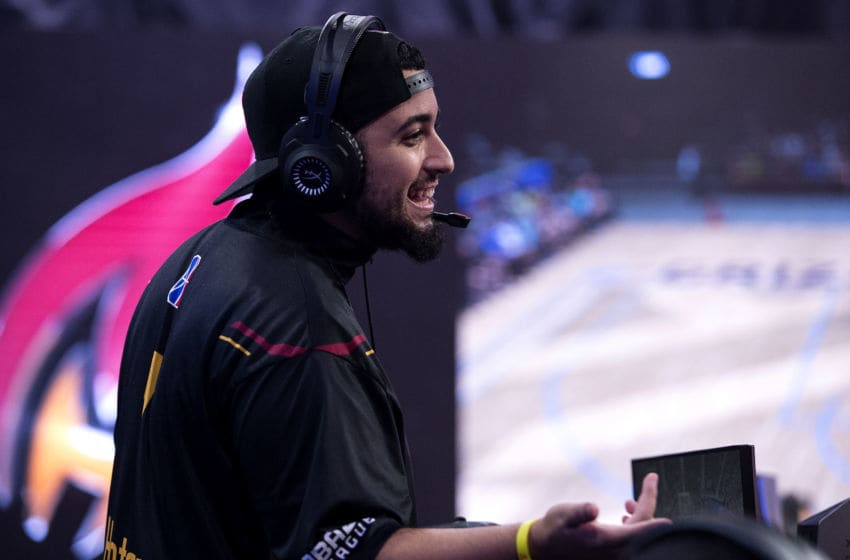 LONG ISLAND CITY, NY - AUGUST 11: Hotshot of the Heat Check Gaming plays the game against the Grizz Gaming on August 11, 2018 at the NBA 2K Studio in Long Island City, New York. NOTE TO USER: User expressly acknowledges and agrees that, by downloading and/or using this photograph, user is consenting to the terms and conditions of the Getty Images License Agreement. Mandatory Copyright Notice: Copyright 2018 NBAE (Photo by Michelle Farsi/NBAE via Getty Images)