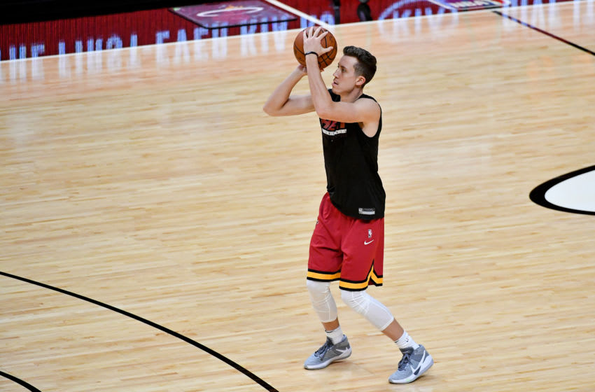 Miami Heat guard Duncan Robinson (55) warms up prior to the game against the New Orleans Pelicans (Jasen Vinlove-USA TODAY Sports)