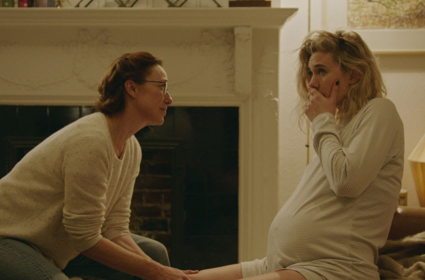 PIECES OF A WOMAN: (L to R) Molly Parker as Eva and Vanessa Kirby as Martha.