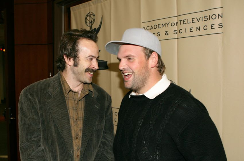 LOS ANGELES - FEBRUARY 23: Actors Jason Lee (L) and Ethan Suplee attend the Evening with