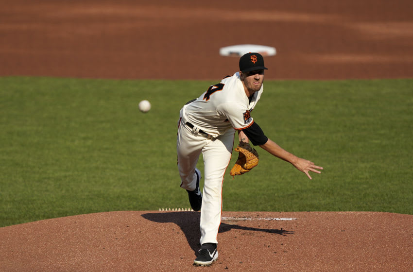 SAN FRANCISCO, CALIFORNIA - SEPTEMBER 07: Kevin Gausman #34 of the SF Giants pitches against the Arizona Diamondbacks in the top of the first inning at Oracle Park on September 07, 2020 in San Francisco, California. (Photo by Thearon W. Henderson/Getty Images)