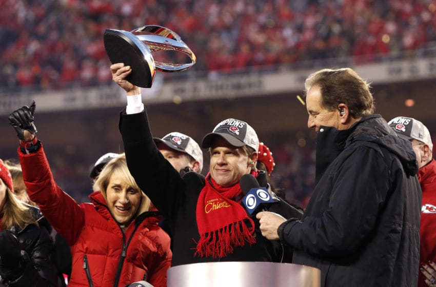 KANSAS CITY, MISSOURI - JANUARY 19: Kansas City Chiefs owner and CEO Clark Hunt holds up the Lamar Hunt trophy after defeating the Tennessee Titans in the AFC Championship Game at Arrowhead Stadium on January 19, 2020 in Kansas City, Missouri. The Chiefs defeated the Titans 35-24. (Photo by David Eulitt/Getty Images)