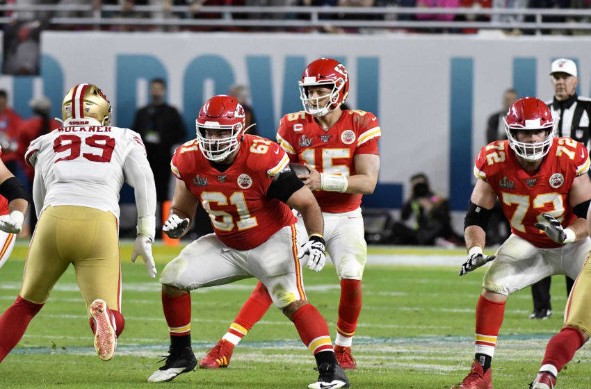 MIAMI, FLORIDA - FEBRUARY 02: Stefen Wisniewski #61 of the Kansas City Chiefs blocks against DeForest Buckner #99 of the San Francisco 49ers in Super Bowl LIV at Hard Rock Stadium on February 02, 2020 in Miami, Florida. The Chiefs won the game 31-20. (Photo by Focus on Sport/Getty Images)