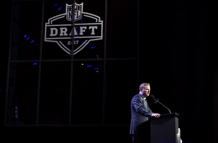 PHILADELPHIA, PA - APRIL 27: Commissioner of the National Football League Roger Goodell speaks during the first round of the 2017 NFL Draft at the Philadelphia Museum of Art on April 27, 2017 in Philadelphia, Pennsylvania. (Photo by Elsa/Getty Images)