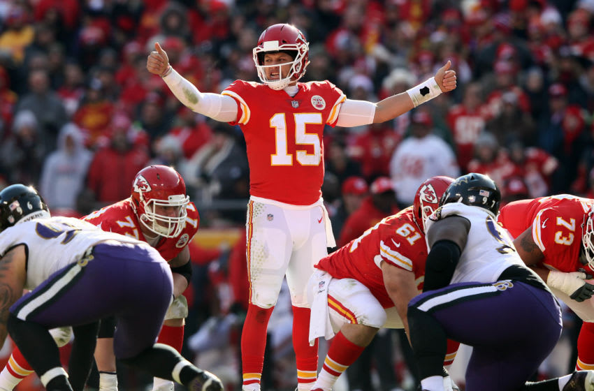 KANSAS CITY, MISSOURI - DECEMBER 09: Quarterback Patrick Mahomes #15 of the Kansas City Chiefs audibles during the game against the Baltimore Ravens at Arrowhead Stadium on December 09, 2018 in Kansas City, Missouri. (Photo by Jamie Squire/Getty Images)
