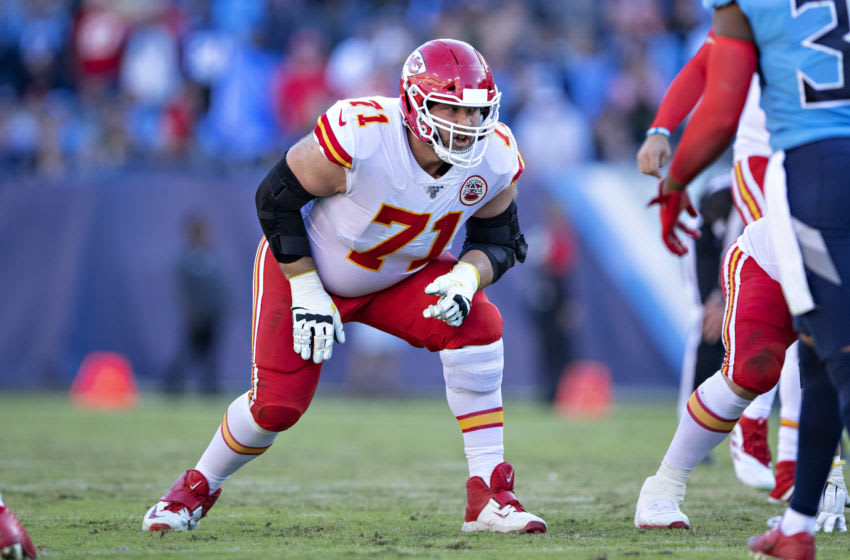 NASHVILLE, TN - NOVEMBER 10: Mitchell Schwartz #71 of the Kansas City Chiefs at the line of scrimmage waiting to block on a play during a game against the Tennessee Titans at Nissan Stadium on November 10, 2019 in Nashville, Tennessee. The Titans defeated the Chiefs 35-32. (Photo by Wesley Hitt/Getty Images)