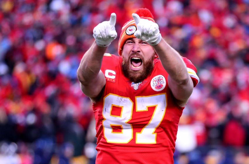KANSAS CITY, MISSOURI - JANUARY 19: Travis Kelce #87 of the Kansas City Chiefs reacts late in the game against the Tennessee Titans in the AFC Championship Game at Arrowhead Stadium on January 19, 2020 in Kansas City, Missouri. (Photo by Tom Pennington/Getty Images)