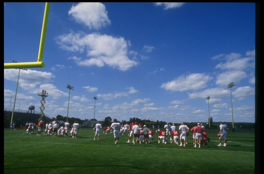 19 Jul 1993: General view of the Kansas City Chiefs training camp.