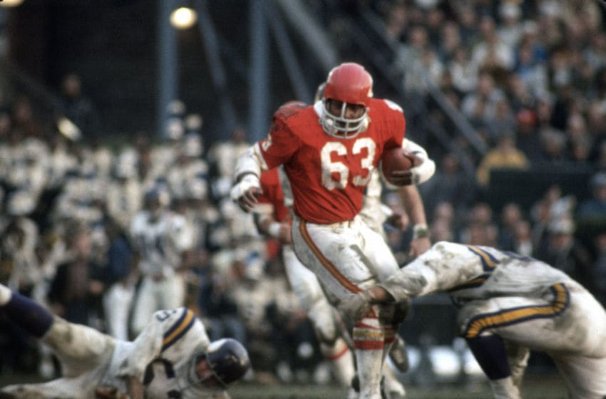 NEW ORLEANS, LA - JANUARY 11: Willie Lanier #63 of the Kansas City Chiefs runs with the ball against the Minnesota Vikings during Super Bowl IV on January 11, 1970 at Tulane Stadium in New Orleans, Louisiana. The Chiefs won the Super Bowl 23-7. (Photo by Focus on Sport/Getty Images)
