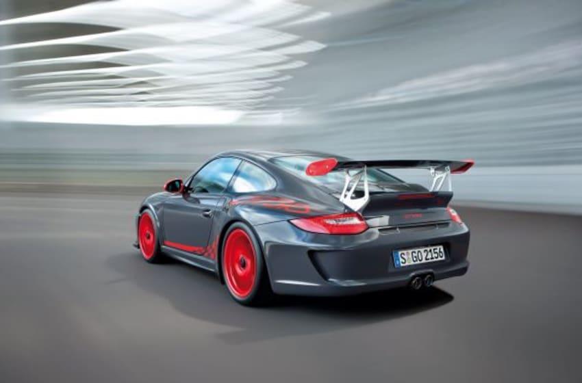 Caitlyn Jenner Chooses Her Porsche 911 GT3 RS To Make World Debut