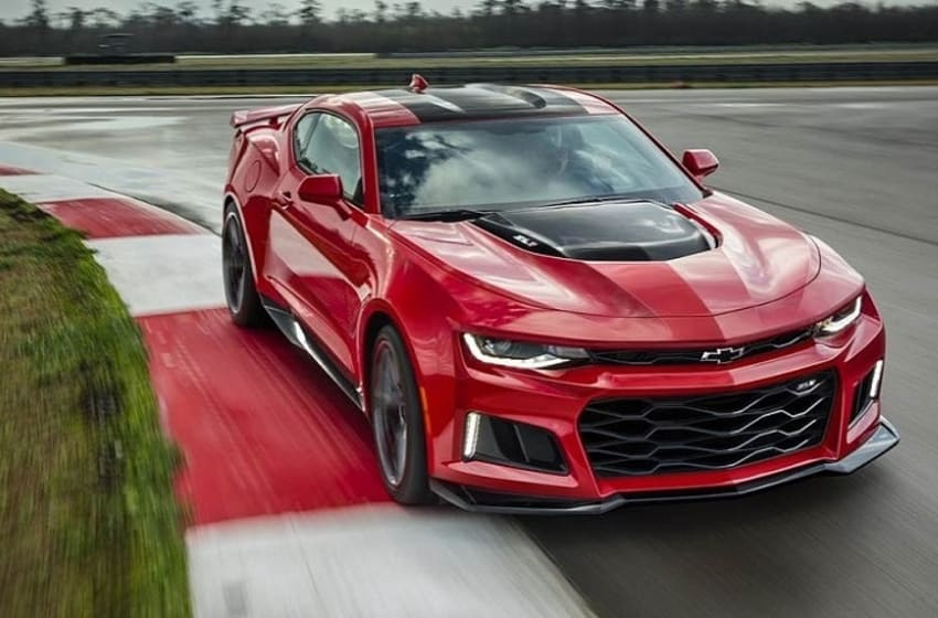 2017 Chevy Camaro ZL1 (Photo YouTube)
