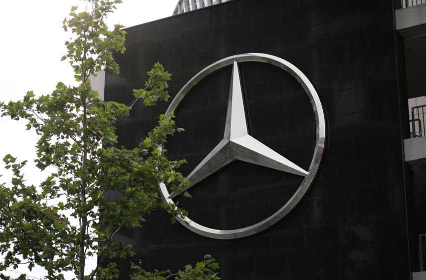 BERLIN, GERMANY - AUGUST 02: Mercedes Benz star sign is displayed on August 02, 2020 in Berlin, Germany. Germany is carefully lifting lockdown measures nationwide in an attempt to raise economic activity. (Photo by Jeremy Moeller/Getty Images)