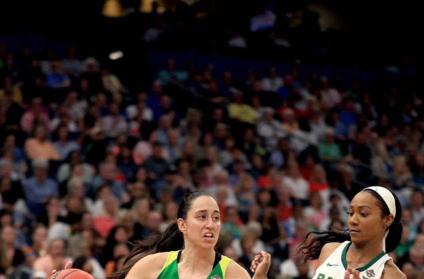 TAMPA, FLORIDA - APRIL 05: Maite Cazorla #5 of the Oregon Ducks is defended by Chloe Jackson #24 of the Baylor Lady Bears in the semifinals of the 2019 NCAA Women's Final Four at Amalie Arena on April 05, 2019 in Tampa, Florida. (Photo by Mike Ehrmann/Getty Images)
