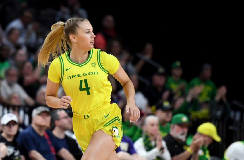 LAS VEGAS, NEVADA - MARCH 07: Jaz Shelley #4 of the Oregon Ducks runs back on defense after hitting a 3-pointer against the Arizona Wildcats during the Pac-12 Conference women's basketball tournament semifinals at the Mandalay Bay Events Center on March 7, 2020 in Las Vegas, Nevada. The Ducks defeated the Wildcats 88-70. (Photo by Ethan Miller/Getty Images)