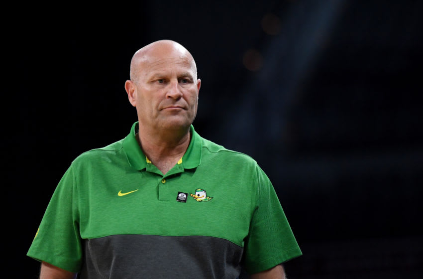 LAS VEGAS, NEVADA - MARCH 07: Head coach Kelly Graves of the Oregon Ducks looks on as his team takes on the Arizona Wildcats during the Pac-12 Conference women's basketball tournament semifinals at the Mandalay Bay Events Center on March 7, 2020 in Las Vegas, Nevada. The Ducks defeated the Wildcats 88-70. (Photo by Ethan Miller/Getty Images)