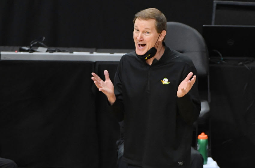 LAS VEGAS, NEVADA - MARCH 12: Head coach Dana Altman of the Oregon Ducks gestures to his players as they take on the Oregon State Beavers during the Pac-12 Conference basketball tournament semifinals at T-Mobile Arena on March 12, 2021 in Las Vegas, Nevada. The Beavers defeated the Ducks 75-64. (Photo by Ethan Miller/Getty Images)