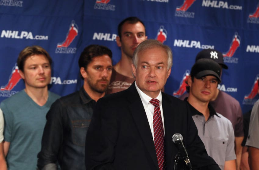 NEW YORK, NY - SEPTEMBER 13: Don Fehr, executive director of the National Hockey League Players Association meets with the media at the Marriott Marquis Times Square on September 13, 2012 in New York City. Joining him from left to right is Ruslan Fedotenko, Henrik Lundqvist, Zdeno Chara and Sidney Crosby. (Photo by Bruce Bennett/Getty Images)