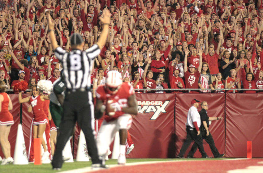MADISON, WI - SEPTEMBER 26: The Wisconsin Badgers student second erupts after Austin Traylor #46 of the Wisconsin Badgers scores a touchdown during the second half against the Hawaii Rainbow Warriors at Camp Randall Stadium on September 26, 2015 in Madison, Wisconsin. (Photo by Mike McGinnis/Getty Images)