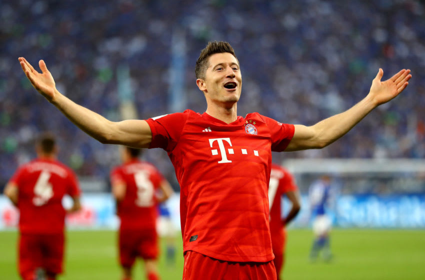 GELSENKIRCHEN, GERMANY - AUGUST 24: Robert Lewandowski Muenchen celebrates after he scores the 2nd goal during the Bundesliga match between FC Schalke 04 and FC Bayern Muenchen at Veltins-Arena on August 24, 2019 in Gelsenkirchen, Germany. (Photo by Martin Rose/Bongarts/Getty Images)