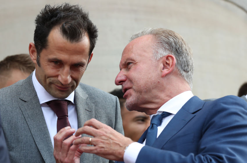 MUNICH, GERMANY - AUGUST 28: Hasan Salihamidzic, sporting director of FC Bayern Muenchen talks with Karl-Heinz Rummenigge, CEO of FC Bayern Muenchen during a reception of the Bundesliga champion and DFB Cup winner FC Bayern Muenchen at Staatskanzlei on August 28, 2019 in Munich, Germany. (Photo by A. Hassenstein/Getty Images for FC Bayern)