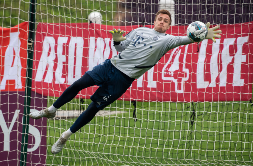 09 January 2020, Qatar, Doha: Goalkeeper Christian Früchtl during a practice session of FC Bayern Munich in the morning on the training ground. FC Bayern will be staying in the desert city for its training camp until 10.01.2020. Photo: Peter Kneffel/dpa - IMPORTANT NOTE: In accordance with the regulations of the DFL Deutsche Fußball Liga and the DFB Deutscher Fußball-Bund, it is prohibited to exploit or have exploited in the stadium and/or from the game taken photographs in the form of sequence images and/or video-like photo series. (Photo by Peter Kneffel/picture alliance via Getty Images)