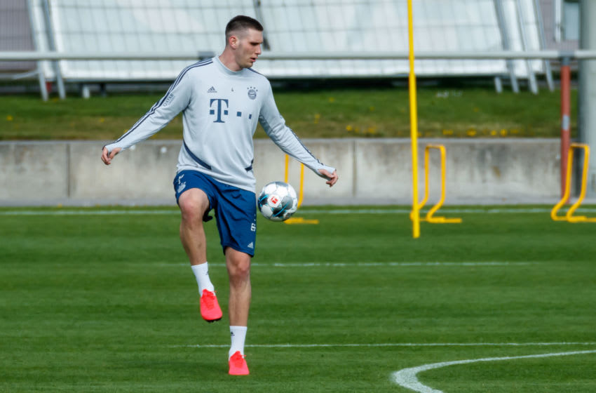MUENCHEN, GERMANY - APRIL 14: (BILD ZEITUNG OUT) Niklas Suele of Bayern Muenchen controls the ball during the FC Bayern Muenchen Training Session on April 14, 2020 in Muenchen, Germany. (Photo by Roland Krivec/DeFodi Images via Getty Images)