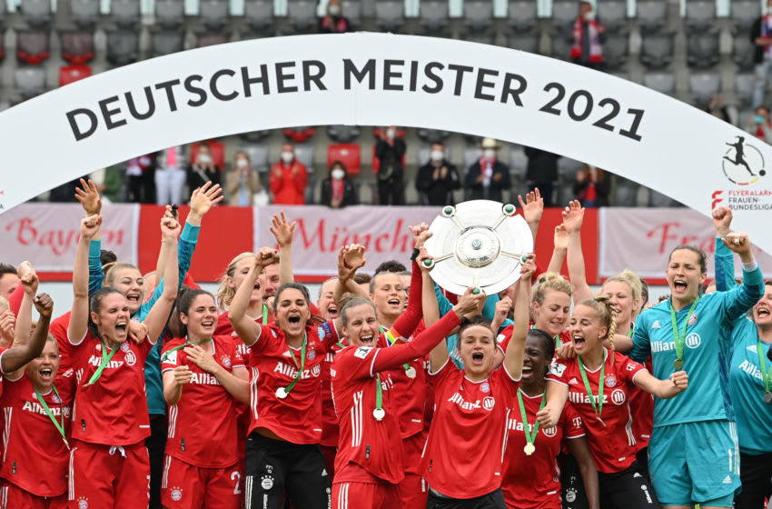 FC Bayern Munich Frauen celebrating Bundesliga title victory. (Photo by Sebastian Widmann/Getty Images)