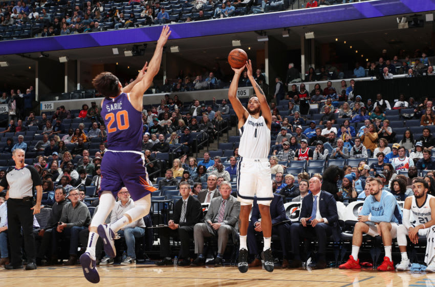 MEMPHIS, TN - NOVEMBER 2: Kyle Anderson #1 of the Memphis Grizzlies shoots a three-pointer against the Phoenix Suns on November 2, 2019 at FedExForum in Memphis, Tennessee. NOTE TO USER: User expressly acknowledges and agrees that, by downloading and or using this photograph, User is consenting to the terms and conditions of the Getty Images License Agreement. Mandatory Copyright Notice: Copyright 2019 NBAE (Photo by Joe Murphy/NBAE via Getty Images)