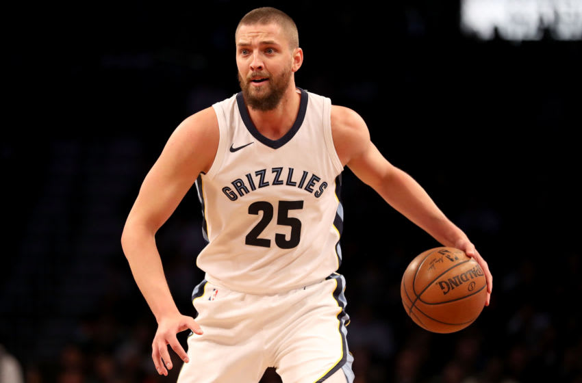 NEW YORK, NY - MARCH 19: Chandler Parsons #25 of the Memphis Grizzlies looks down the court in the first quarter against the Brooklyn Nets during their game at Barclays Center on March 19, 2018 in the Brooklyn borough of New York City. NOTE TO USER: User expressly acknowledges and agrees that, by downloading and or using this photograph, User is consenting to the terms and conditions of the Getty Images License Agreement. (Photo by Abbie Parr/Getty Images)
