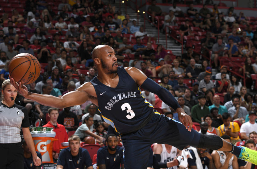 LAS VEGAS, NV - JULY 14: Jevon Carter #3 of the Memphis Grizzlies passes the ball against the Utah Jazz during the 2018 Las Vegas Summer League on July 14, 2018 at the Thomas & Mack Center in Las Vegas, Nevada. NOTE TO USER: User expressly acknowledges and agrees that, by downloading and/or using this photograph, user is consenting to the terms and conditions of the Getty Images License Agreement. Mandatory Copyright Notice: Copyright 2018 NBAE (Photo by Garrett Ellwood/NBAE via Getty Images)