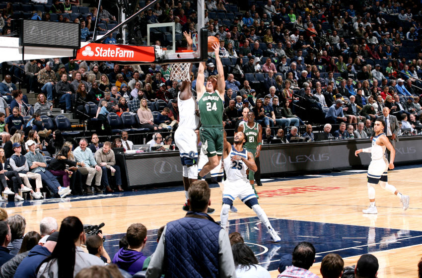 MINNEAPOLIS, MN - OCTOBER 26: Pat Connaughton #24 of the Milwaukee Bucks shoots the ball against the Minnesota Timberwolves on October 26, 2018 at Target Center in Minneapolis, Minnesota. NOTE TO USER: User expressly acknowledges and agrees that, by downloading and or using this Photograph, user is consenting to the terms and conditions of the Getty Images License Agreement. Mandatory Copyright Notice: Copyright 2018 NBAE (Photo by David Sherman/NBAE via Getty Images)