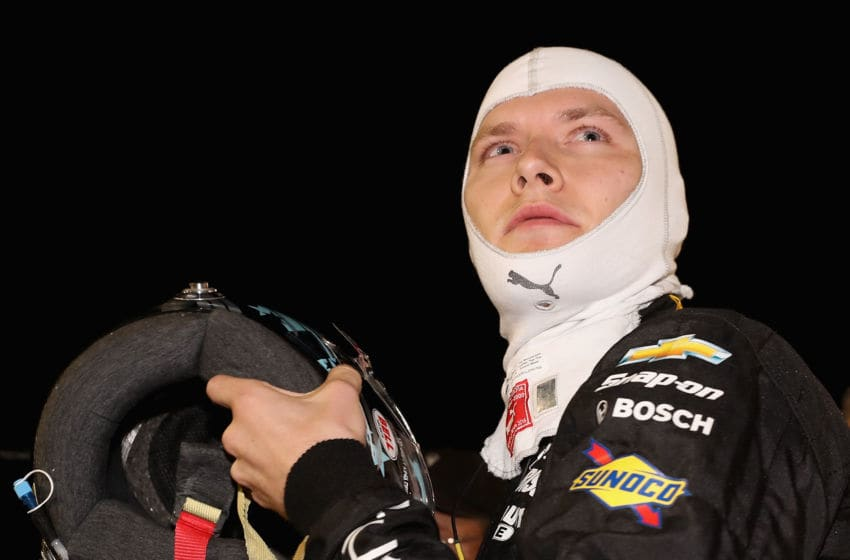 AVONDALE, AZ - APRIL 28: Josef Newgarden, driver of the #2 Team Penske Chevrolet on the grid before qualifying for the Desert Diamond West Valley Phoenix Grand Prix at Phoenix International Raceway on April 28, 2017 in Avondale, Arizona. (Photo by Christian Petersen/Getty Images)