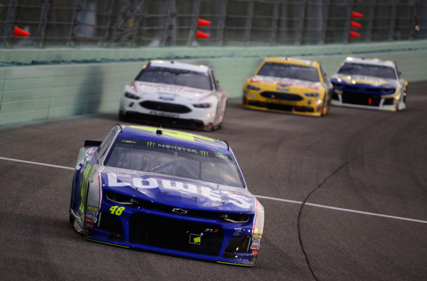 HOMESTEAD, FL - NOVEMBER 18: Jimmie Johnson, driver of the #48 Lowe's Rookie Throwback Chevrolet, leads a pack of cars during the Monster Energy NASCAR Cup Series Ford EcoBoost 400 at Homestead-Miami Speedway on November 18, 2018 in Homestead, Florida. (Photo by Robert Laberge/Getty Images)