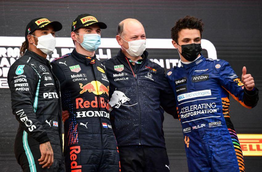 Lewis Hamilton, Max Verstappen, Lando Norris, Formula 1 (Photo by Miguel MEDINA / AFP) (Photo by MIGUEL MEDINA/AFP via Getty Images)