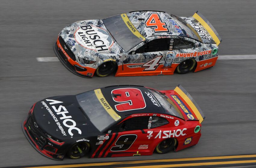 Chase Elliott, Hendrick Motorsports, and Kevin Harvick, Stewart-Haas Racing, NASCAR (Photo by Sean Gardner/Getty Images)