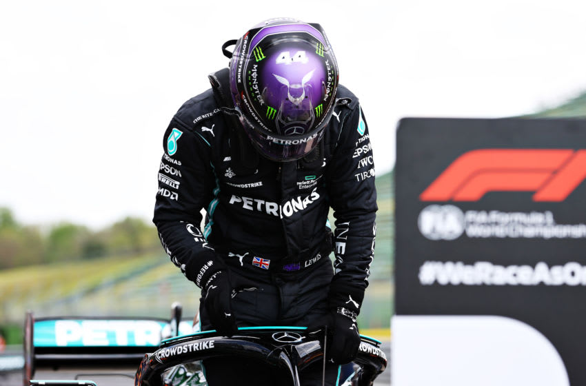 Lewis Hamilton, Mercedes, Formula 1 (Photo by Bryn Lennon/Getty Images)