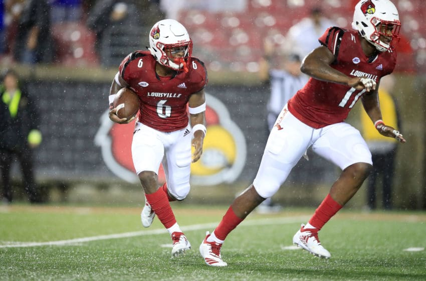 LOUISVILLE, KY - SEPTEMBER 08: Russ Yeast #6 of the Louisvillle Cardinals runs with the ball against the Indiana State Sycamores on September 8, 2018 in Louisville, Kentucky. (Photo by Andy Lyons/Getty Images)