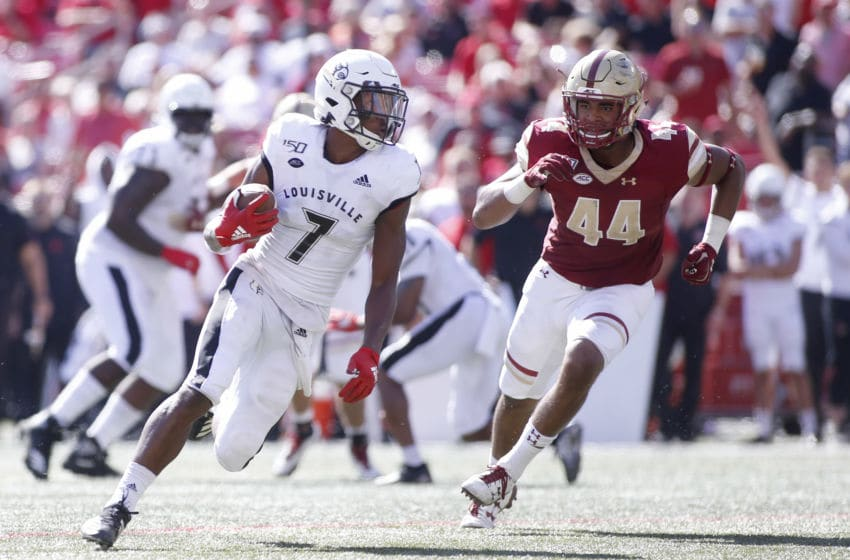 LOUISVILLE, KENTUCKY - OCTOBER 05: Dez Fitzpatrick #7 of the Louisville Cardinals runs the ball while being chased by Brandon Barlow #44 of the Boston College Eagles at Cardinal Stadium on October 05, 2019 in Louisville, Kentucky. (Photo by Justin Casterline/Getty Images)