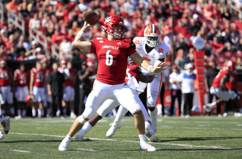 LOUISVILLE, KENTUCKY - OCTOBER 19: Evan Conley #6 of the Louisville Cardinals throws the ball against the Clemson Tigers at Cardinal Stadium on October 19, 2019 in Louisville, Kentucky. (Photo by Andy Lyons/Getty Images)